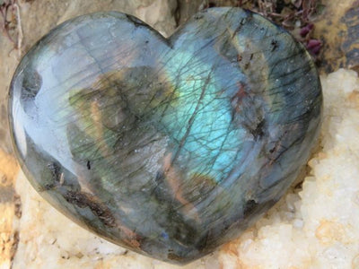 POLISHED LABRADORITE HEART x 1 from Madagascar, Tulear