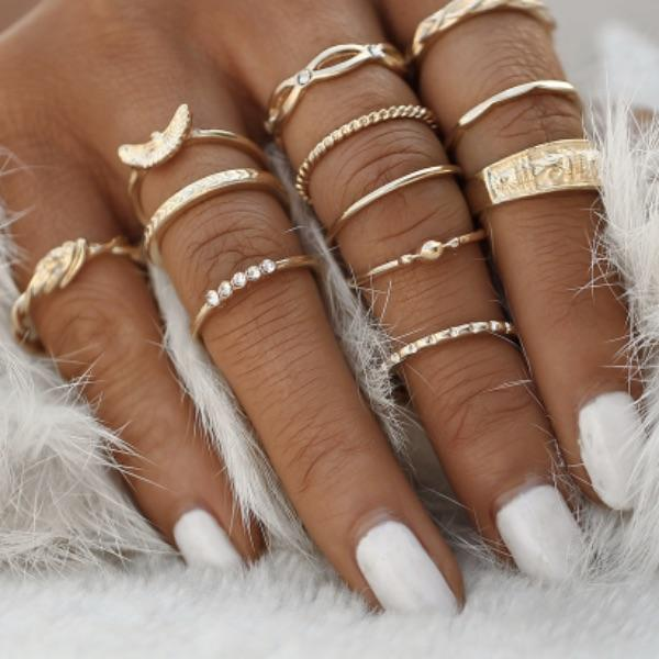 Free Spirit Gold ring set (12 Pieces)