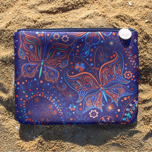 Aurora Beach Clutch