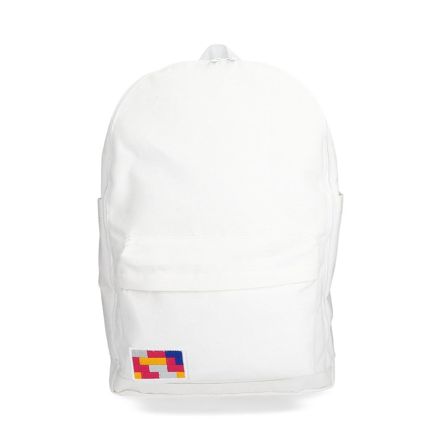 "MB15 Blanca (backpack15"")"