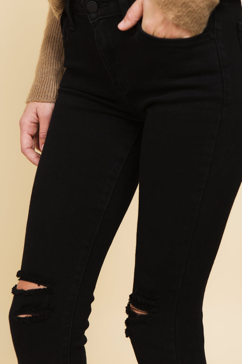 Highwaisted black distressed denim