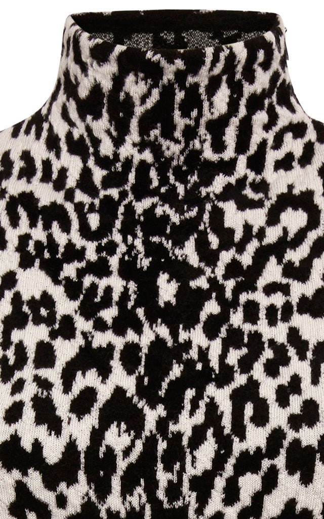 Leopard Wool-Blend Turtleneck Sweater