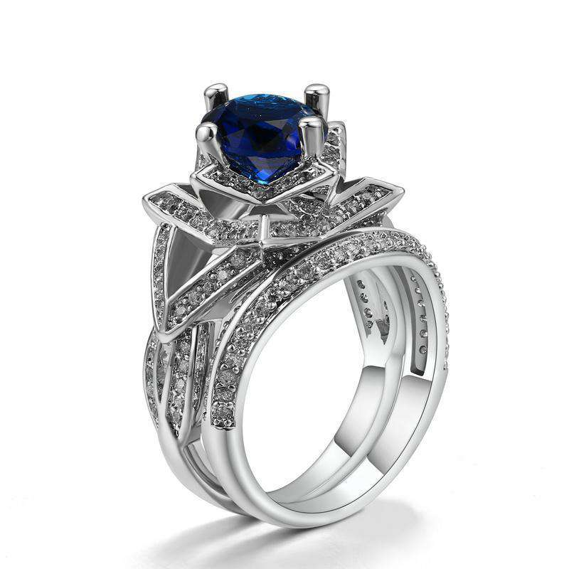 Brother & Sisters ring 6.2cm / 2.44inch / 18k White Gold Flower & Blue Zircon Ring