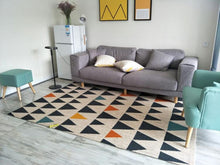 Black Tan Triangle Rug (Assorted Sizes)