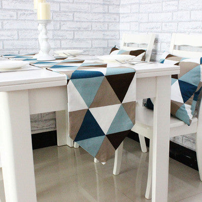 Simple modern geometric dining table runner
