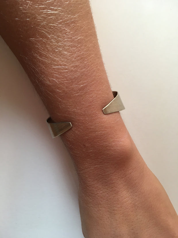 recycled drum cymbal bracelet upcycled brass tapered cuff musician drummer simple wealth