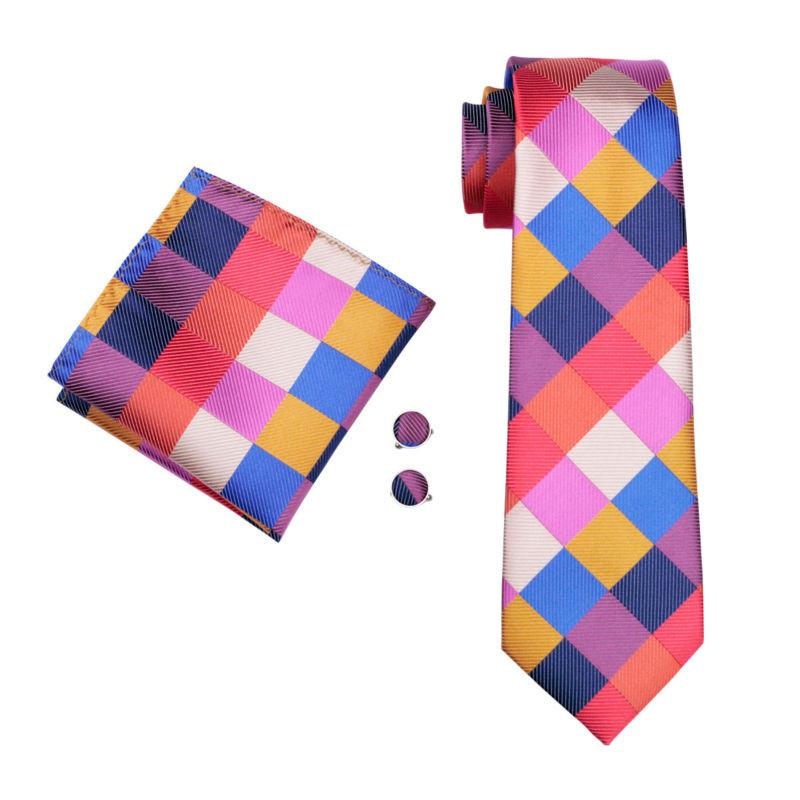 Geometric Tie Set of Pocket Square & Cufflinks