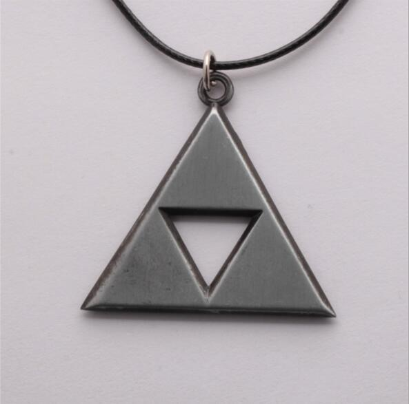 Silver Triforce Necklace anime-store