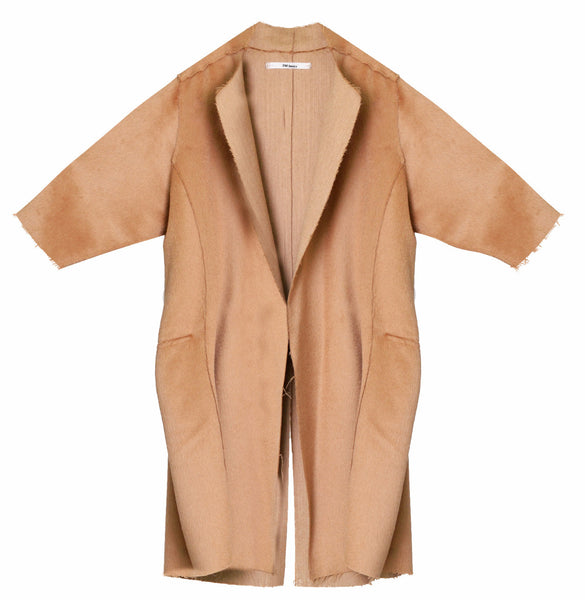 Classic Collar Overcoat in Camel crafted in Alpaca