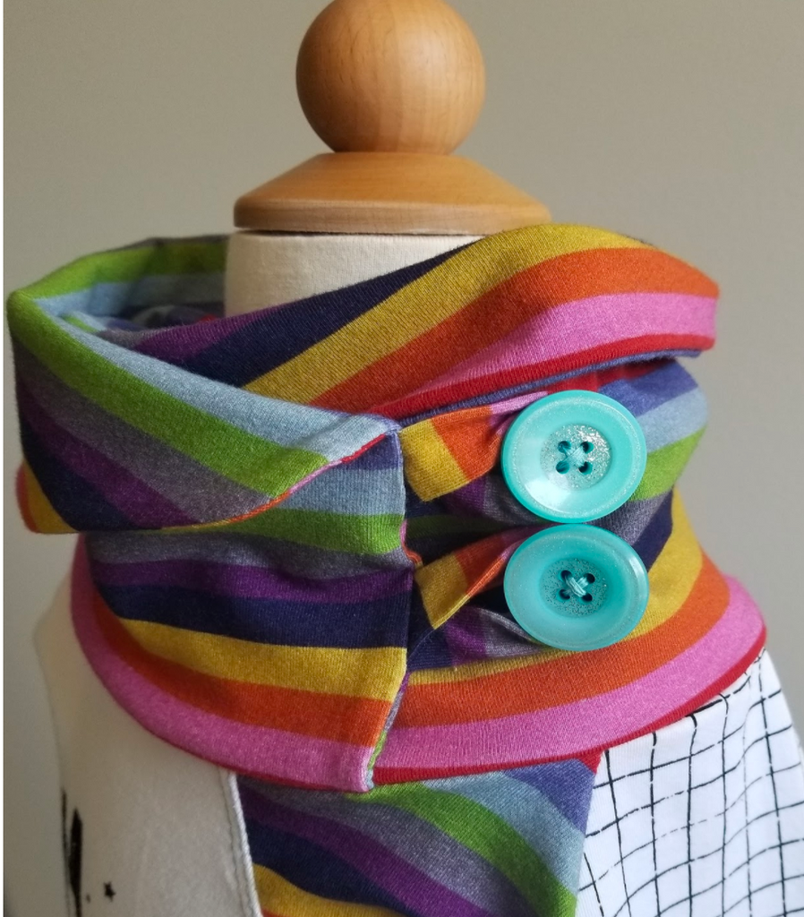 Shari's Button Cowl Tutorial