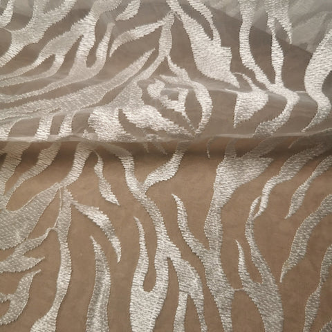 Discounted Lace Fabric (Light Color) - Sutoru - Fabrics - Sutoru