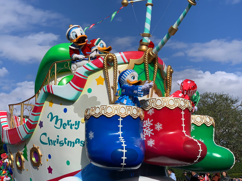 Eps 20: Tokyo Disneyland Disney Christmas Stories Parade Review