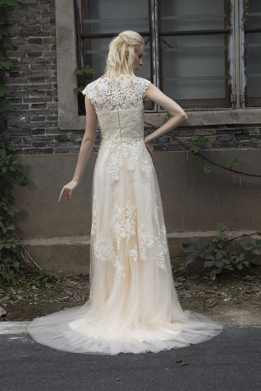Vintage Inspired Lace and Tulle Wedding Dress Bridal Gown