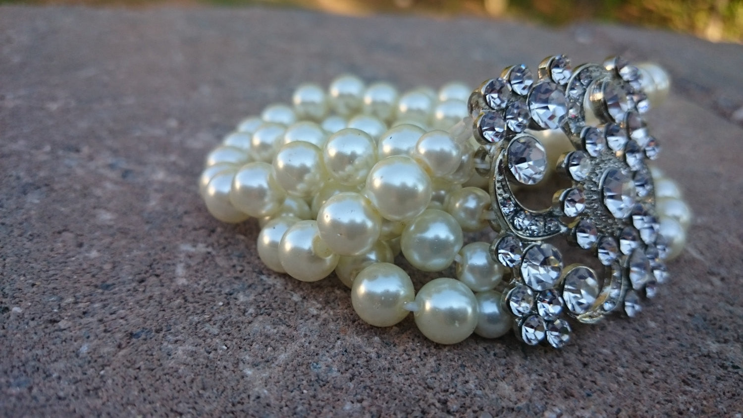 Art Deco Pearl Bridal Bracelet Vintage inspire bracelet Ivory Pearl Stretch Bracelet Can Be Custom Sized for Plus Size or Small Wrists