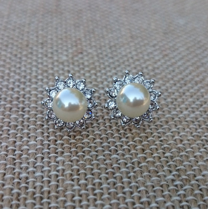 Pearl earrings, Audrey Hepburn Pearl Stud Earrings, Silver Pearl CZ Stud Earrings, Hollywood, 1950's Vintage Pearl Earrings, Crystal Pearl