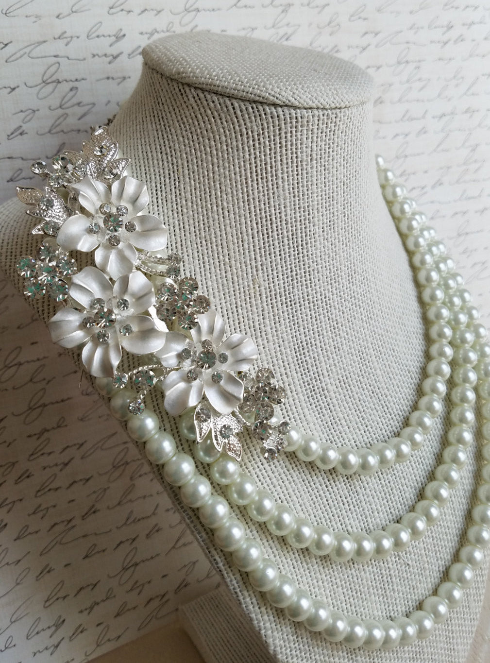 Pearl bridal necklace flower crystal brooch statement necklace wedding 3 strand jewelry