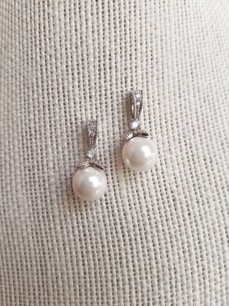 Pearl Jewelry Set, Bridal Jewelry Set, Pearl Bridal Jewelry, Pearl Necklace Set, Pearl Earrings, Bridesmaids Gift, Bridesmaid Gift, Silver