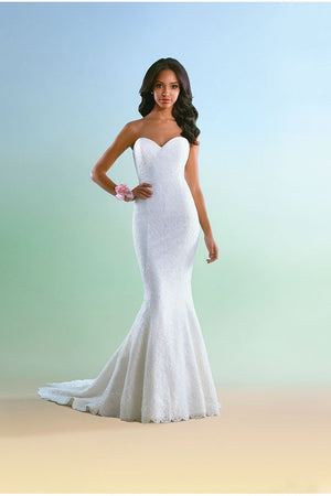 SOLD Fits size 20  Lace Mermaid gown