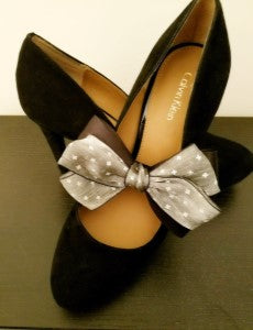 Gray Stars Bow Shoe Bands