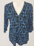 Everly Front Zip Geometric Print Blouse - R&M BOUTIQUE