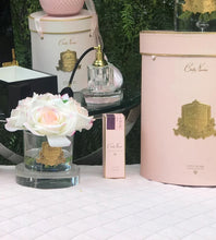 Load image into Gallery viewer, PERFUMED NATURAL TOUCH 5 ROSES - CLEAR - PINK BLUSH - PINK BOX - GMR88