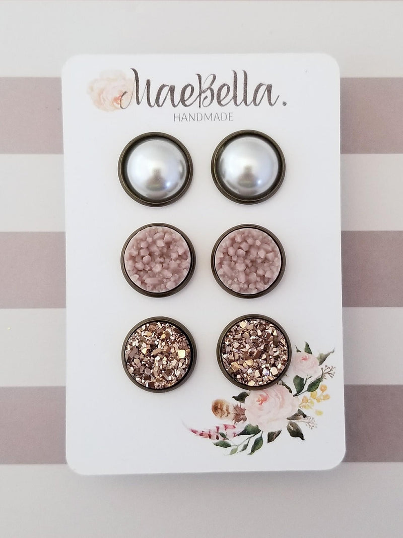 Mae Bella Chic & Traditional Earring Set