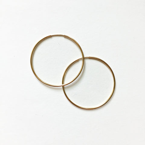 GOLD HOOPS - SMALL - ORO ORO Chains & Charms