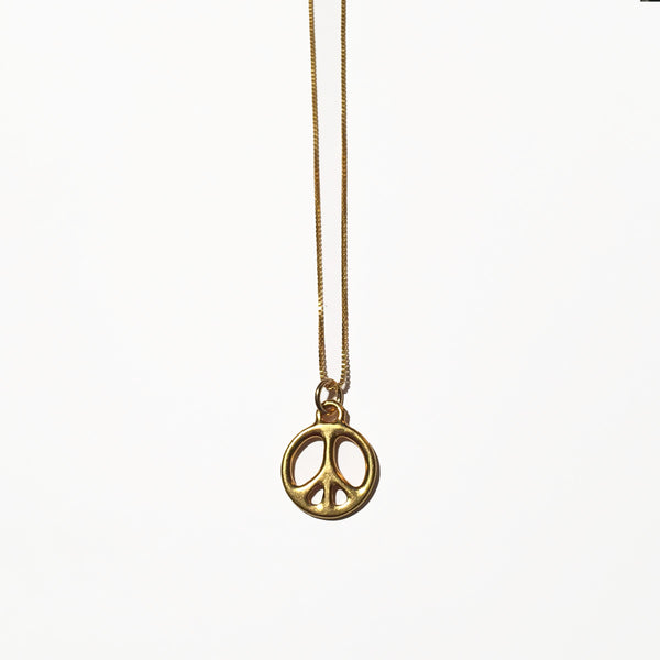 PEACE SIGN CHARM - GOLD - ORO ORO Chains & Charms