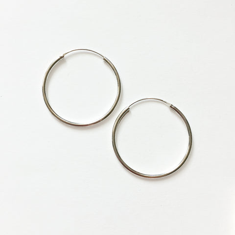 SILVER HOOPS - SMALL - ORO ORO Chains & Charms