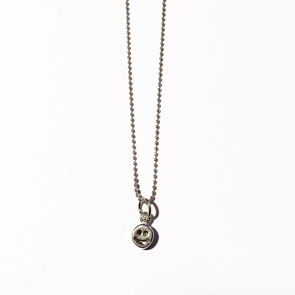 HAPPY FACE CHARM - SMALL - ORO ORO Chains & Charms