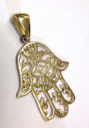 Beautiful 14K Yellow Gold Swirling Filigree Hamsa Evil Eye Pendant