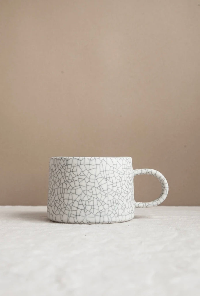 Earthen- Low Mug / Crackle