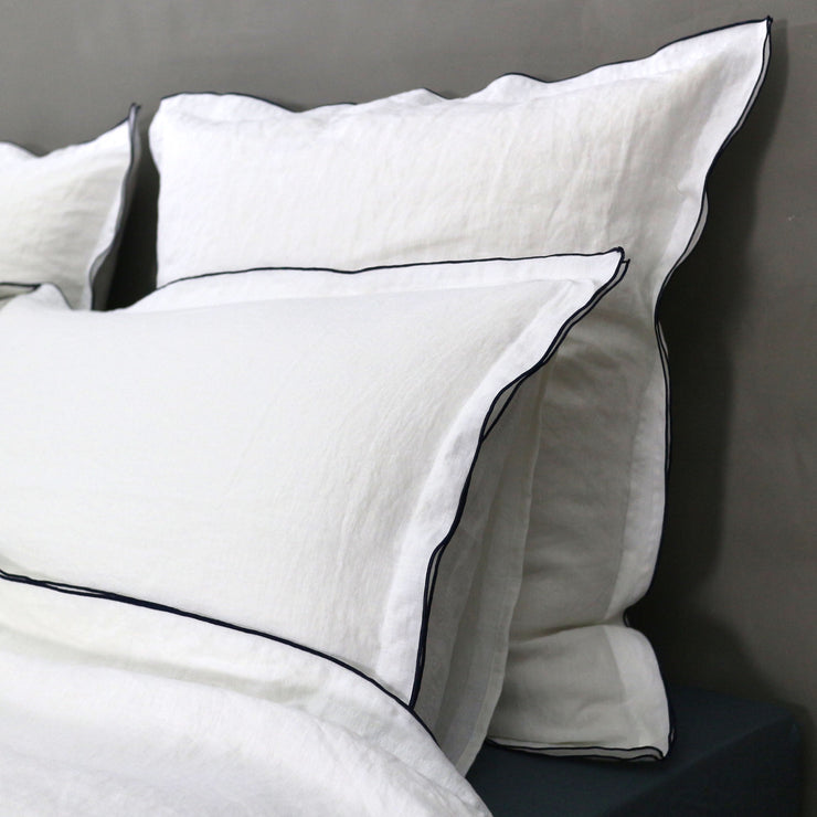 Bourdon Edge Flanged set of Pillowcases - Linenshed