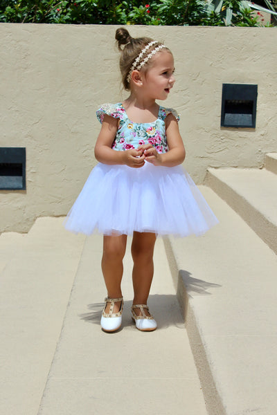 Gabriella dress in white