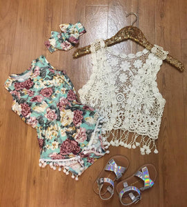 Pom Pom romper set in mauve/mint