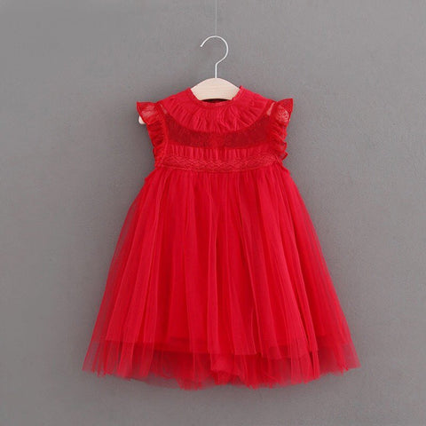 Romantic tulle dress in red