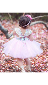 Gabriella dress in pink