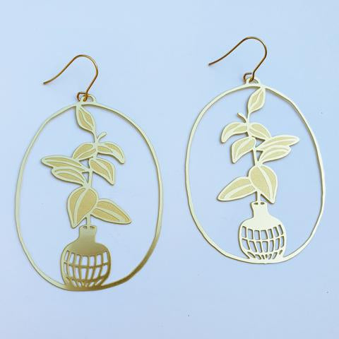 Denz and Co 'Rubber Fig Pot' Dangle Earrings in Gold