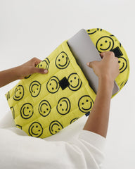 "Baggu Puffy Laptop Sleeve 13"" - Yellow Happy"