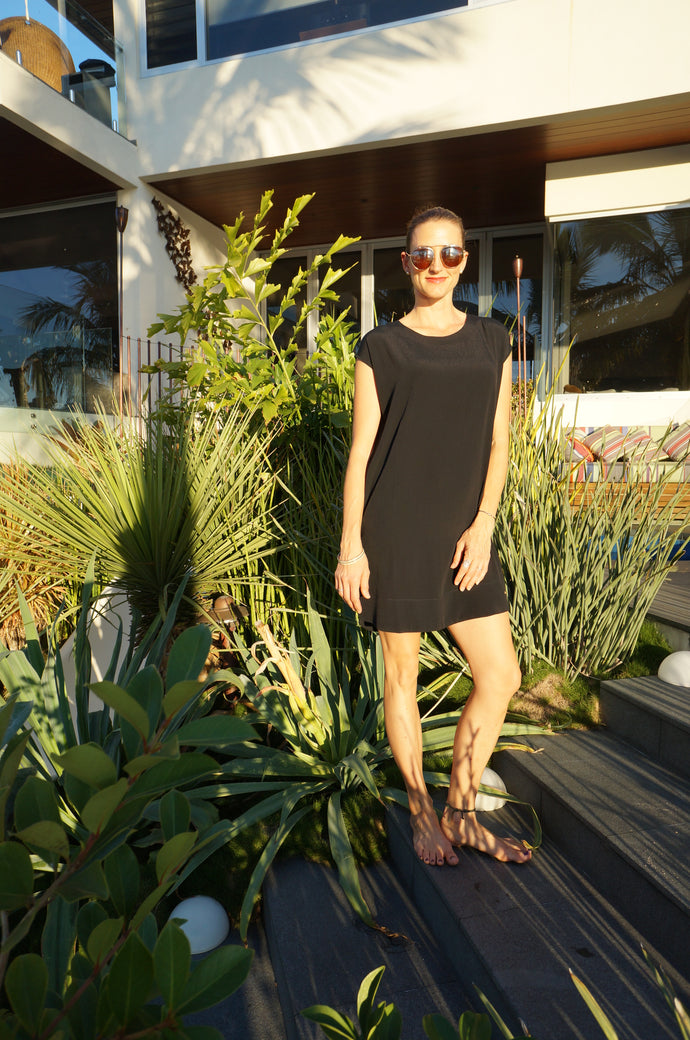 Classic Shift Dress - Black
