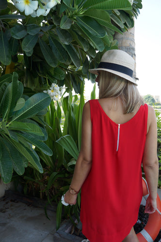 Sleeveless Shift Dress - Red