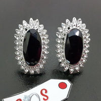 Beautiful Earstuds with Black Diamond Cuts Stone in Silver Tone Tajori