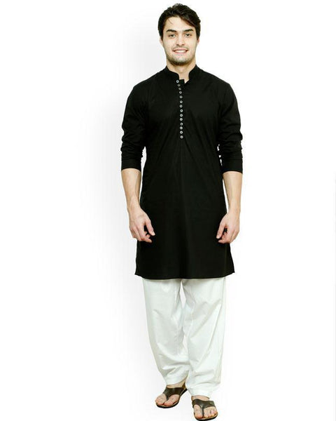 Men Black Solid Straight Kurta Tajori