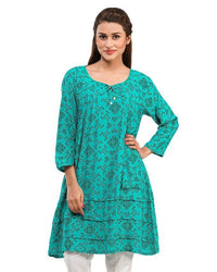 Women Short kurta with Pocket & Pearl Buttons Tajori