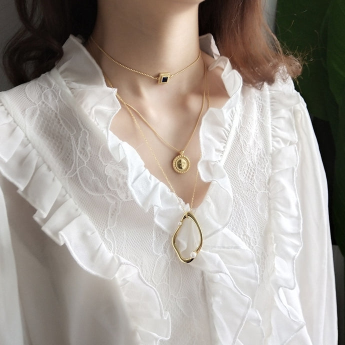 Gold Fashion Pearl Necklace