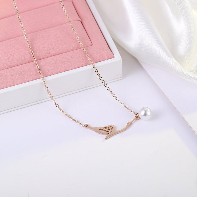 Swan Pearl Pendant Necklace