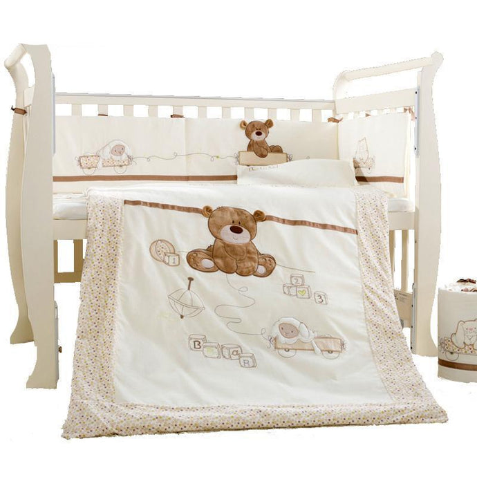Crib Bedding Detachable Pillow