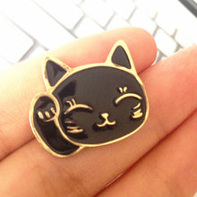 Lucky Fortune Cat Metal Brooch Pins