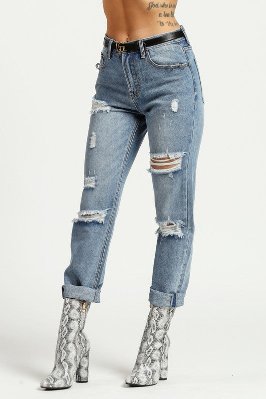 Distressed O Ring Mom Jeans