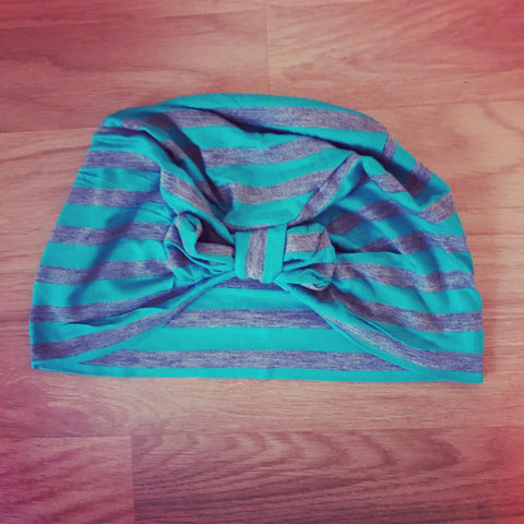 Grey and turquoise turban